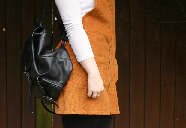 backpacks-and-pinafores-outfit-7